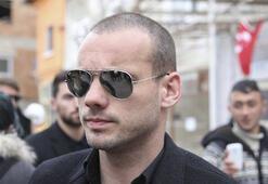 Yönetimden Sneijdere terör fırçası