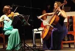Bodrum Kalesinde Trio Immersio konseri