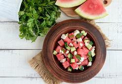 Ramazanda susuzluğa karpuz ve salatalık