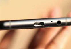 Samsung USB Type-C adaptörü vermeyi bırakıyor