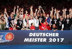 Almanyada şampiyon Brose Bamberg