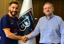Başakşehir, Tunay Torunla 3 yıllık sözleşme imzaladı
