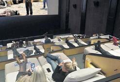Yeni trend yataklı sinema salonu