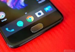 OnePlus 5 için upuzun kuyruk oluşturdular