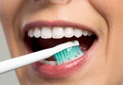 Evde diş taşı nasıl temizlenir
