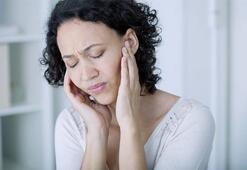 Yüzerken kulak enfeksiyonu riskine karşı önlem alın