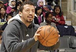 Efsane basketbolcudan Hidayet Türkoğluna destek