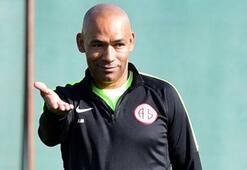 Antalyaspor Teknik Direktörü Morais: Burada mutluyum