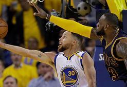 LeBron James: Curry 5 yıl için 400 milyon dolar almalı