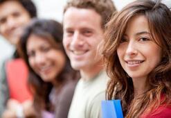 Her yıl 50 bin Türk öğrenci yurtdışına gidiyor