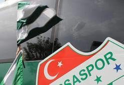 Bursaspor, Vodafone Arenadaki açılış maçına coşkulu geldi