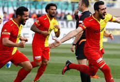 Karşıyayı 2-0 mağlup eden Göztepede play-off umutları yeniden yeşerdi