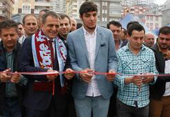 Trabzonsporlu Salih Dursun adının verildiği caddenin açılışını yaptı