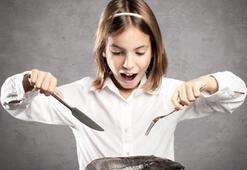 Çocuklara balık yedirin