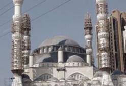 Erdoğan, İlk Namaz İçin Mimar Sinan Camiinde