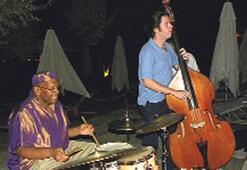 Cazın ustalarından  Cunda'da konser