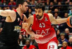 Anadolu Efes, Hırvat forvet Simon ile 1+1 yıllık sözleşme imzaladı