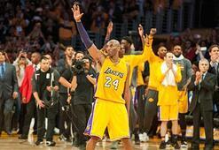 Kobe Bryant retires after breaking scoring record