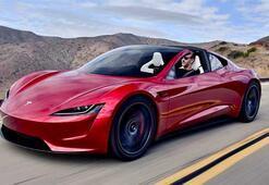 Test sürüşü sırasında Tesla Roadster yolda kaldı
