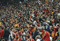 PFDKdan Galatasarayın iki tribününe ceza