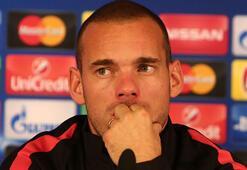 Wesley Sneijderin gönderilme sebebi ortaya çıktı