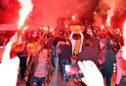 Galatasaraya Antalyada coşkulu karşılama