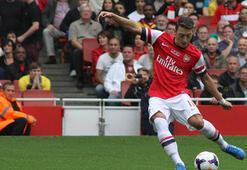 Arsenalin yıldızı Mesut Özilin forması satıldı