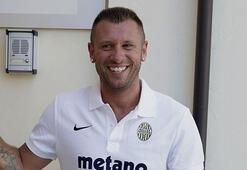 Cassano önce futbolu bıraktı, sonra vazgeçti
