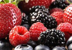 Kırmızı meyve tüketin