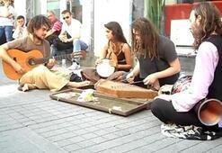 Dünyanın müziği İstiklalde