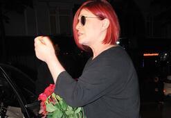 Emel Müftüoğlu: Güller gizli hayranımdan