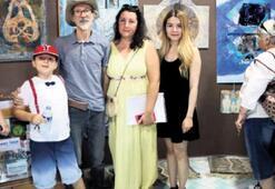 Prof. Aytekin, öğrencisinin galerisinde sergi açtı