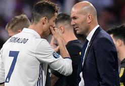 Zidane: Cristiano içimizden biri, bizimle kalacak