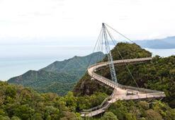 Gökyüzüne ulaşan kapı: Langkawi Köprüsü