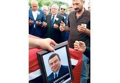 Eski CHP'li milletvekili toprağa verildi