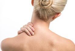 Boyun ağrısı için evde yapabilecek 10 öneri