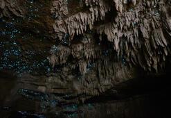 Bu mağaralar geceleri parlıyor