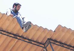 Çöken çatı, şansı oldu