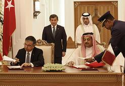 Turkey signs military agreement with Qatar
