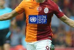 Galatasaray formasına sürpriz reklam