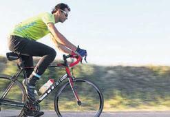 Bisikletle 80 günde devriâlem yapacak