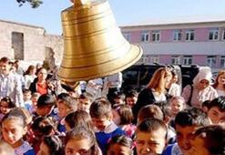 MEB okulların açılacağı tarihi duyurdu (İlk ders zili ne zaman çalacak - Yeni müfredatta neler olacak)
