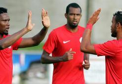 Antalyaspor Hamburgu 2 golle geçti