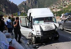 Gümüşhanede feci kaza: 26 yaralı