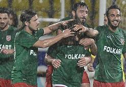 Sezona Süper Lig hedefiyle başlayan Karşıyaka 2. Lige düştü