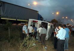 Art arda feci kazalar 4 ölü, 52 yaralı...