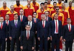 Galatasaray Odeabank Atanın huzurunda