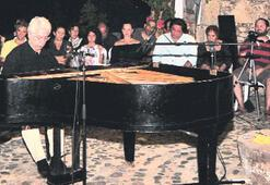 Erol Erdinç'den  caz konseri