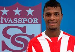 Sivasspor, defans oyuncusu Auremir Dos Santosu  transfer etti