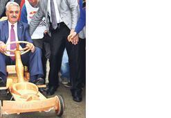 Bakan Yazıcı Formulaz'da ehliyetsiz piste çıktı